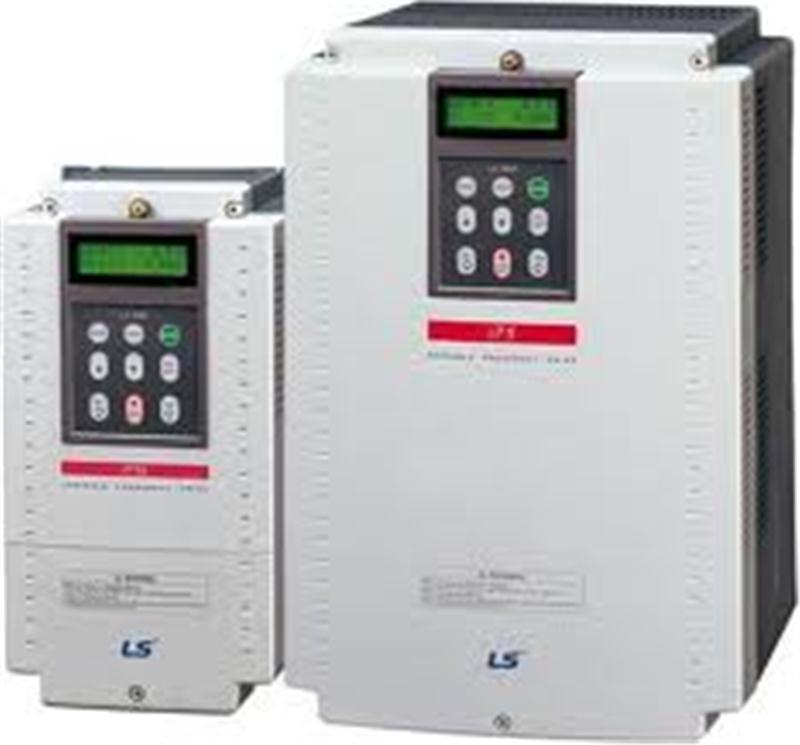 IG5 có công suất: 0.37~7.5KW/200~230V 3 pha. 0.75~7.5KW/380~460V 3 pha. Nhiều chức năng cho các đầu vào số. Đầu vào tương tự: 0~10VDC, 4~20mA. Đầu ra rơle cảnh báo. Đầu ra tương tự: 0~10VDC. Có sẵn điều khiển PID. Truyền thông: RS-48.